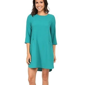 Jack by BB Dakota | Dee Crepe Shift Dress